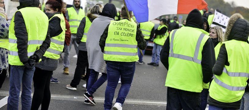 Illustration de la mobilisation des «Gilets jaunes» le 17 novembre à Rennes.