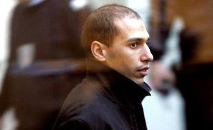 Hocine Bendaoui, membre du gang de Roubaix (Nord), a été libéré en novembre, et un deuxième, Omar Zemmiri, doit l'être fin janvier, selon le jeu des réductions de peine