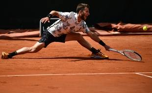 Corentin Moutet s'est allongé de tout son long face à Guido Pella