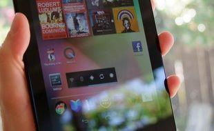 L'écran de démarrage du Nexus 7 comprend de nombreux widgets mettant en avant les contenus multimédias.
