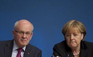 """Le chef de file des députés conservateurs allemands a prévenu dimanche que la Grèce, frappée par la crise, n'avait """"pas de marge de manoeuvre"""", en amont des discussions de cette semaine entre la chancelière allemande et le Premier ministre grec."""