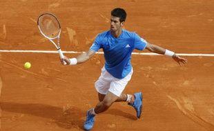 Le Serbe Novak Djokovic, lors de son match contre Rafael Nadal à Monte-Carlo, le 19 avril 2009.