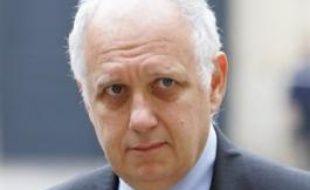 """Les personnes qui ont des problèmes d'insuffisance cardiaque ou des problèmes coronaires doivent être """"extrêmement prudentes"""" en période de grand froid, a souligné mercredi le Directeur général de la santé Didier Houssin."""