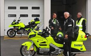 Ces motos médicalisées, baptisées Emergency City Bike, seront testées par les urgences de Lariboisières cet été.