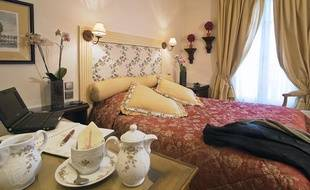 Une chambre de l'hôtel Gavarni, écolabellisé, à Paris.