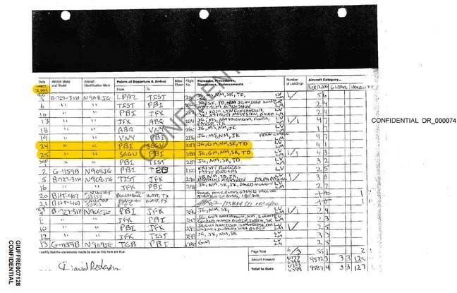 Un extrait d'août 2004 du manifeste de vol du jet privé de Jeffrey Epstein.