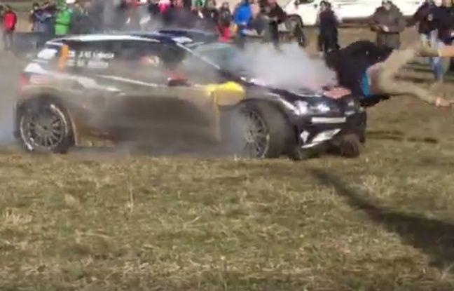 Le pilote finlandais Latvala renverse un spectateur sur le rallye de Monte Carlo, le 23 janvier 2016.