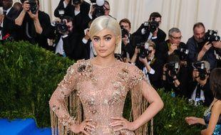 La star de téléréalité Kylie Jenner au Met Gala 2017