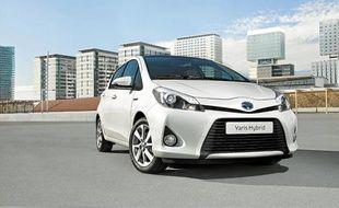La Yaris Hybrid ne consomme que de 3,5l/100km et émet 79g de CO2 par km.