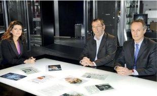 De g. à d.: Magali Lunet, présentatrice de «Disparitions», Eric Mouzin, père d'Estelle, disparue en 2003, et Philippe Bugeaud, directeur de la PJ de Versailles.