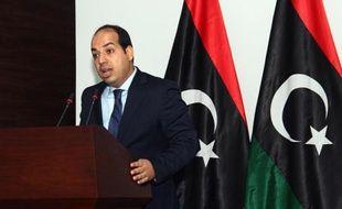 Le nouveau Premier ministre Ahmed miitig à Tripoli le 9 juin 2014