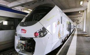 Le nouveau TER Regiolis présenté le 29 avril 2014 à Paris