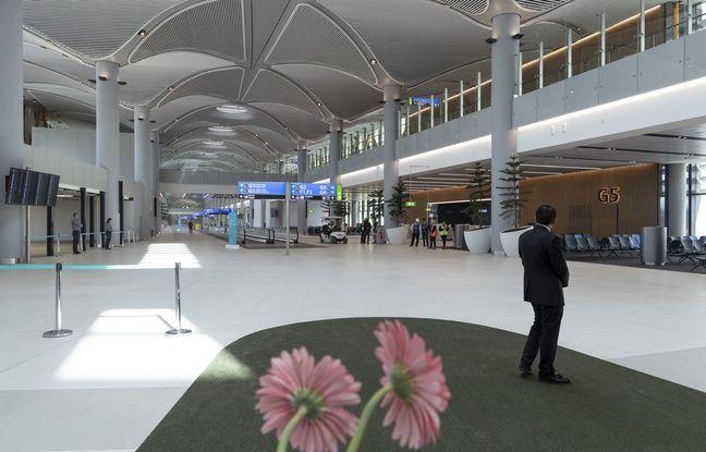 Coronavirus: En Turquie, 1.500 étrangers bloqués à l'aéroport placés en confinement