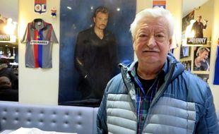Bernard Page a fondé le Lorada Bar à la gloire de Johnny Hallyday, dans le quartier de la Croix-Rousse à Lyon.