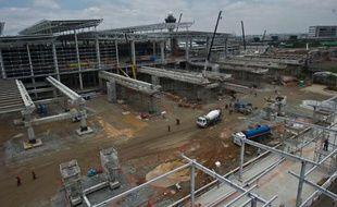 La préparation de la Coupe du monde de football au Brésil a mis l'enjeu en exergue: la construction de nouveaux aéroports est cruciale pour les pays émergents. Elle représente aussi un formidable marché.