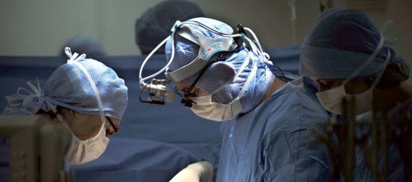 Chirurgiens, illustration.