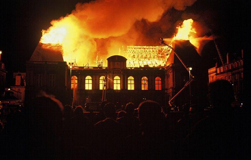 VIDEO. Incendie à Notre-Dame de Paris: Ces autres joyaux du patrimoine ravagés par les flammes