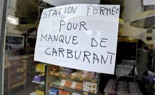 La station-service, rue Boecklin, à la Robertsau, était fermée hier à la mi-journée.