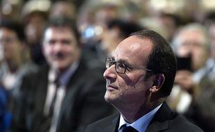 François Hollande à Carcassonne (Aude) le 18 mai 2015 avant son discours devant plusieurs centaines d'élus locaux.