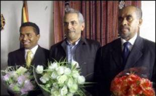 Le prix Nobel de la paix José Ramos-Horta, investi lundi Premier ministre du Timor oriental, s'est fixé comme priorité de restaurer la confiance dans la jeune nation plongée dans la crise.