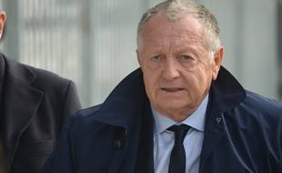 Jean-Michel Aulas, ici à la mi-temps de la rencontre de Youth League entre l'OL et le Shakhtar Donetsk, mardi au Groupama OL Training Center de Décines.