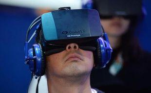 Le système de réalité virtuelle Oculus Rift HD est présenté à Las Vegas le 9 janvier 2014