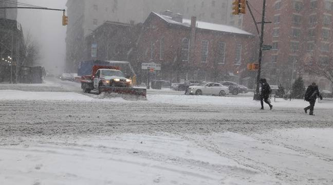 VIDEO. Etats-Unis: Froid polaire et vol annulé, les mésaventures d'une Strasbourgeoise coincée à New York