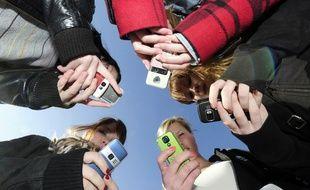 Les Français jettent souvent leur téléphone portable alors qu'il fonctionne encore.