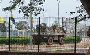 Une patrouille française à l'aéroport de Bangui, en Centrafrique, le 25 mars 2013.