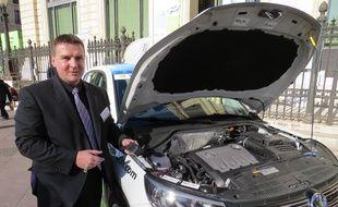 Marseille 02 FEVRIER 2015 Présentation du capteur SP3H qui analyse la formulation du carburant dans les voitures pour réduire la consommation et les émissions polluantes.