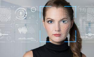 Grâce à l'intelligence artificielle, les systèmes de reconnaissances faciale peuvent facilement identifier une personne, mais les failles sont nombreuses et de plus en plus utilisées.