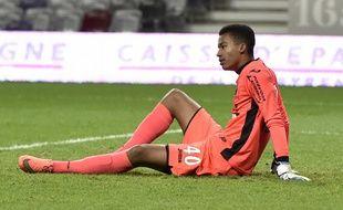 Alban Lafont, le gardien du TFC, s'est blessé lors du match de Ligue 1 contre Nantes, le 6 février 2016 à Toulouse.
