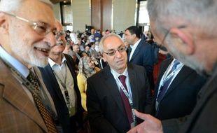 Le chef du Conseil national syrien (CNS), principale coalition de l'opposition syrienne à l'étranger, va insister mercredi à Moscou auprès des dirigeants russes sur son refus de toute transition politique avant le départ du pouvoir du président Bachar al-Assad.
