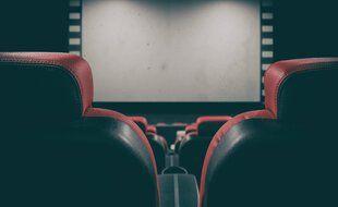 Les salles de cinéma rouvrent le 26 février prochain au Québec. (Illustration)