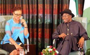 Le président nigérian Goodluck Jonathan (à droite), le 11 février 2015 à Abuja