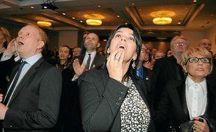 Des membres du Parti de l'indépendance, lors de l'annonce des résultats.