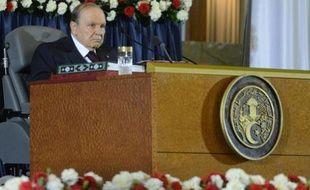 Le président algérien Bouteflika prête serment à Alger, le 28 avril 2014