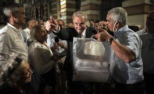Jean-Luc Moudenc, le maire sortant (LR soutenu par LREM)  de Toulouse a été réélu avec 51,98 % des voix devant l'écologiste Antoine Maurice.