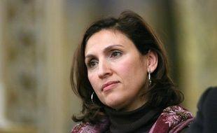 Nora Berra, Secretaire dÍEtat chargee des Ainees, ecoute les intervenants, a la prefecture du Rhone, lors d'un debat sur l'identite nationale. Lyon, (Rhone) FRANCE-22/01/2010.