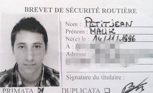 Une photo d'Abdel Malik Petitjean, 19 ans. L'un des terroristes de l'attaque d'une église près de Rouen, le 26 juillet 2016