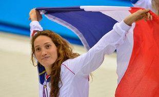 La Française Camille Muffat fête son titre olympique sur 400m, le 29 juillet 2012, àLondres.