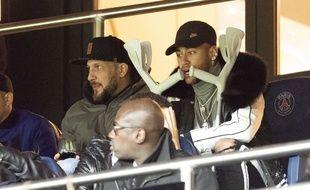 Neymar dans les tribunes  du Parc des Princes lors du match PSG-Bordeaux, le 9 février 2019.