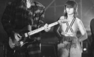 Fred Chichin, le guitariste du duo rock français les Rita Mitsouko, est décédé mercredi matin à l'âge de 53 ans, des suites d'un cancer fulgurant, ont annoncé la maison de disques Because et l'organisateur de concerts Corida.