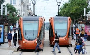 Tramways en centre-ville du Mans (illustration).