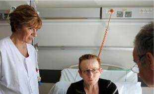 Marie-Hélène et son médecin, le Pr Pujol.