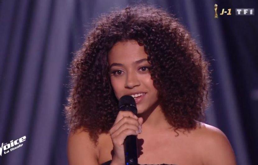 « The Voice » : Whitney, la gagnante de la saison 8, dévoile son premier single