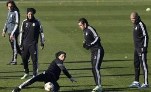 Gareth Bale lors d'une séance d'entraînement avec ses coéquipiers du Real Madrid, le 8 décembre 2014.