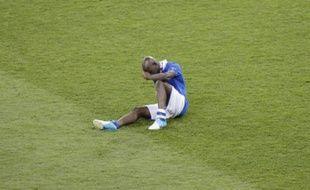 Mario Balotelli, en larmes après la défaite face à l'Espagne en finale de l'Euro 2012
