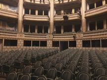 Au XVIIIè siècle, il n'y avait pas de place assise dans l'orchestre du Grand-Théâtre de Bordeaux.