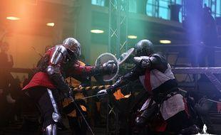 Les combattants enfilent des armures qui peuvent pese jusqu'à 30 kg